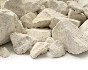 تنظیم PH خاک های اسیدی- استفاده از مواد آهکی جهت افزایش PH خاک